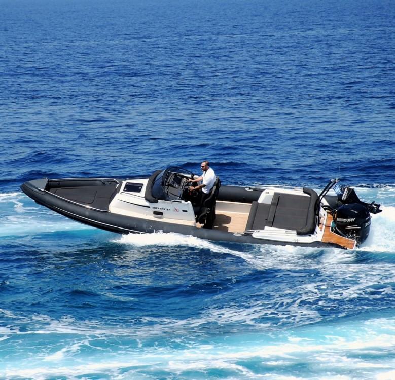 Location Semi-rigide à  - Next Boats Shearwater 890C