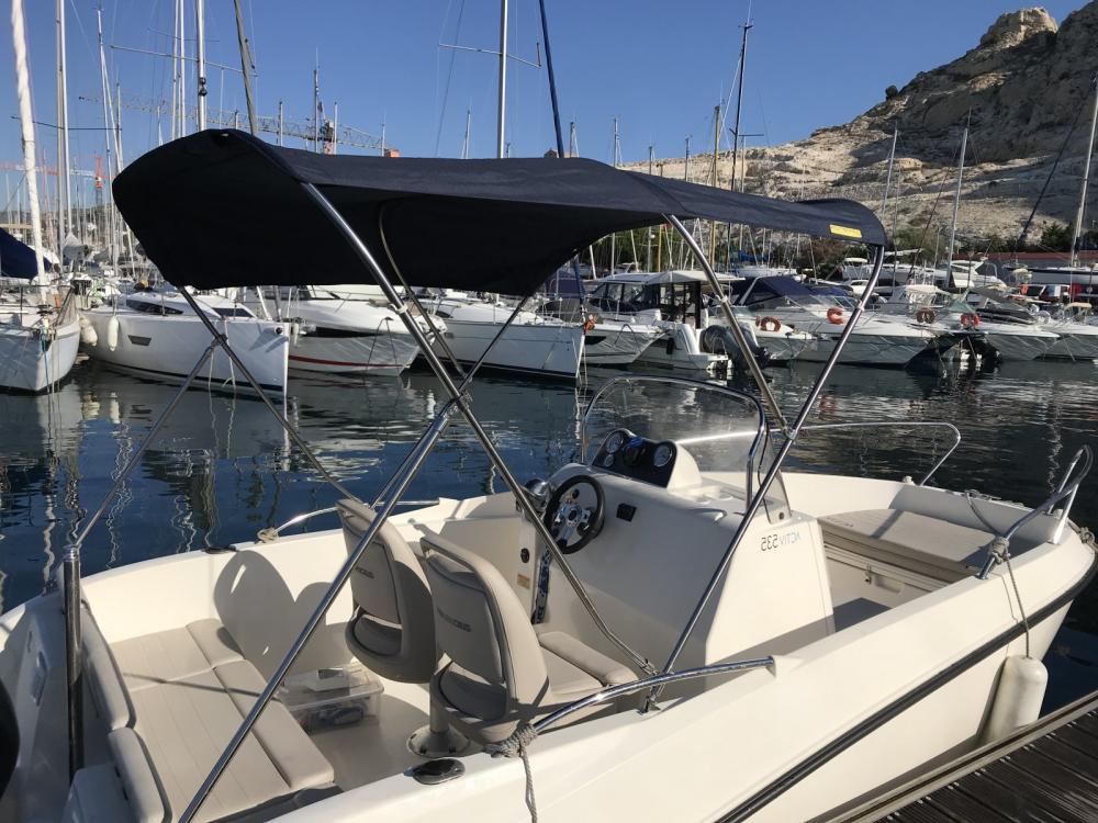 Louez un Quicksilver Quicksilver 535 Open à Marseille
