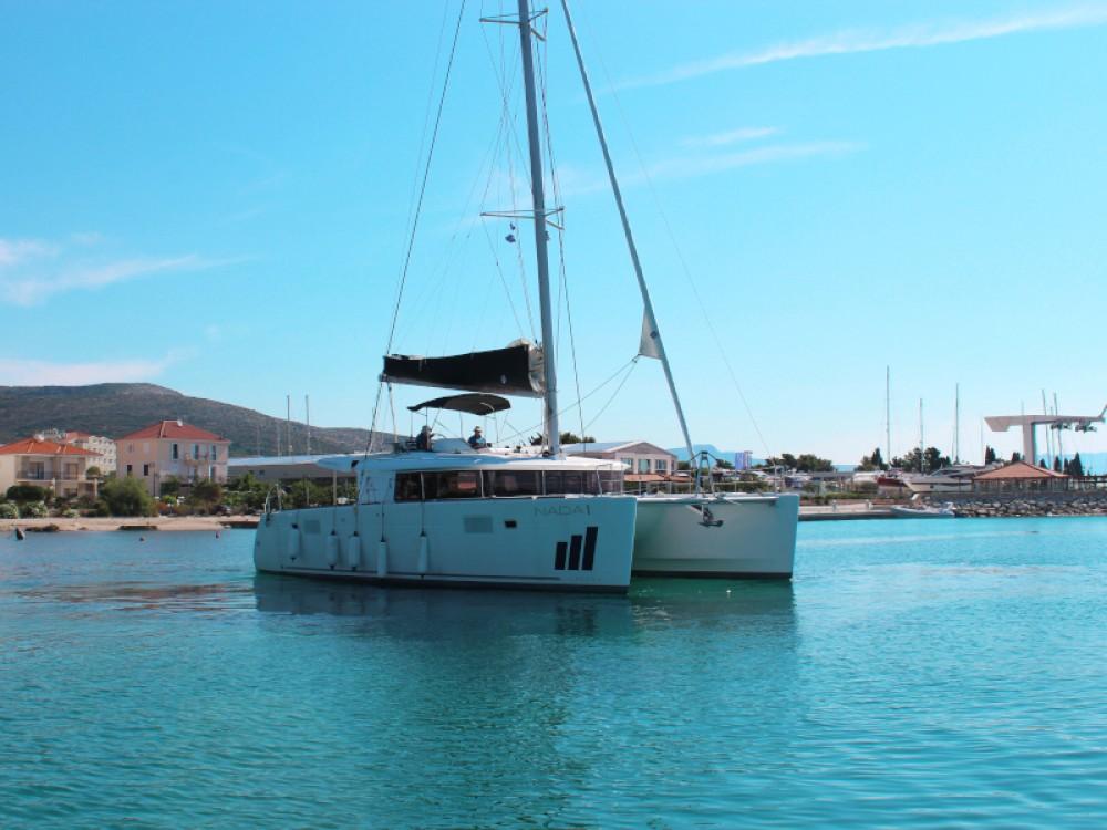 Location bateau Seget Donji pas cher Lagoon 450 FLY