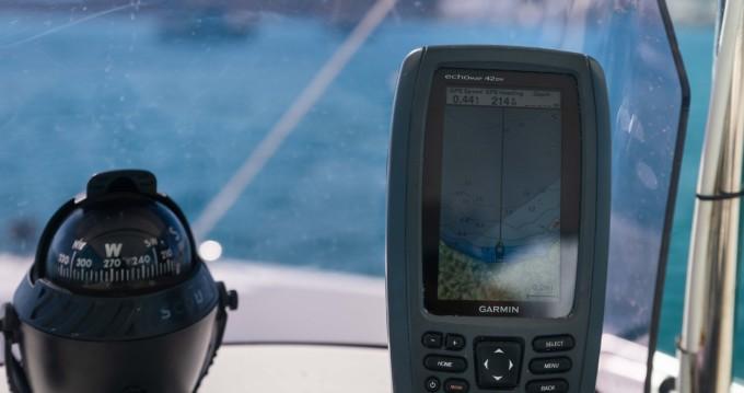 Location bateau Milos pas cher Compass 150 CC