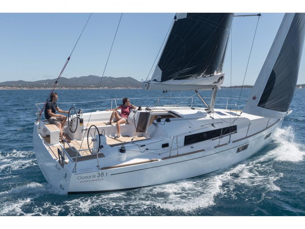 Location yacht à Limassol - Bénéteau Oceanis 381 sur SamBoat