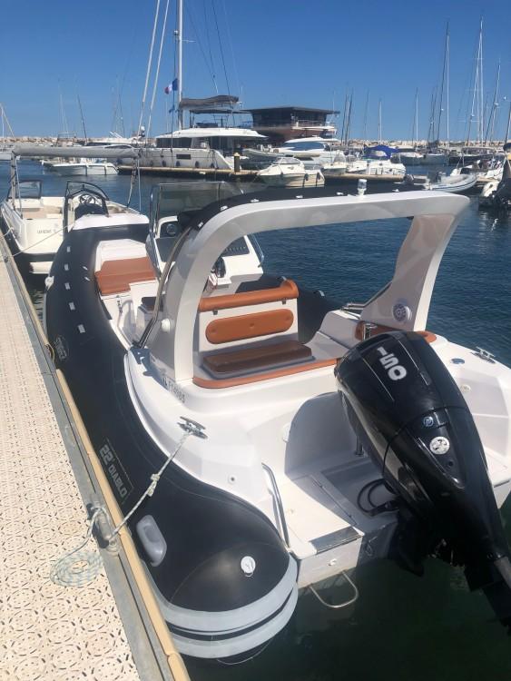 Louer Semi-rigide avec ou sans skipper Italboats à Bormes-les-Mimosas