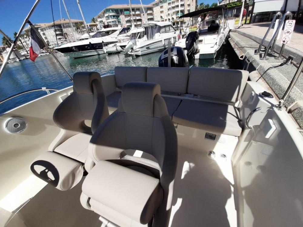 Location yacht à Fréjus - Quicksilver Activ 675 Open sur SamBoat