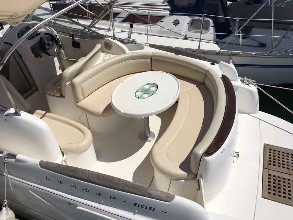 Location bateau Jeanneau Leader 805 à Le Grau-du-Roi sur Samboat