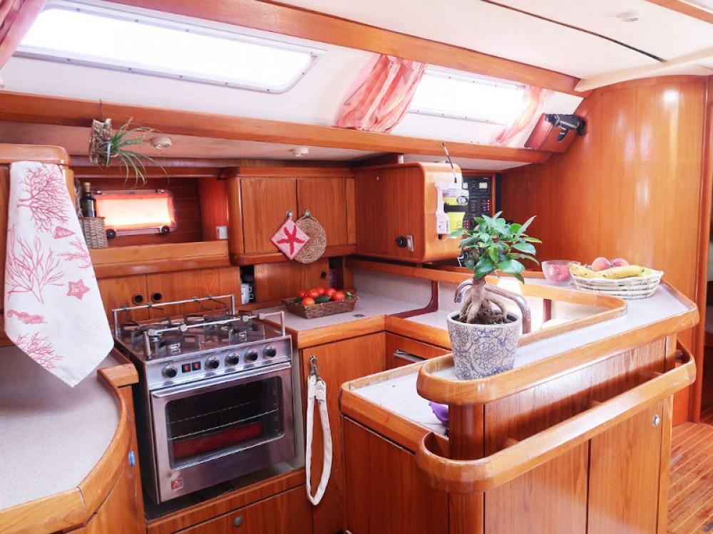 Location bateau Tropea pas cher Sun Odyssey 51