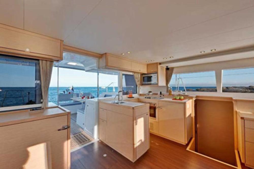 Louer Catamaran avec ou sans skipper Lagoon à US Virgin Islands