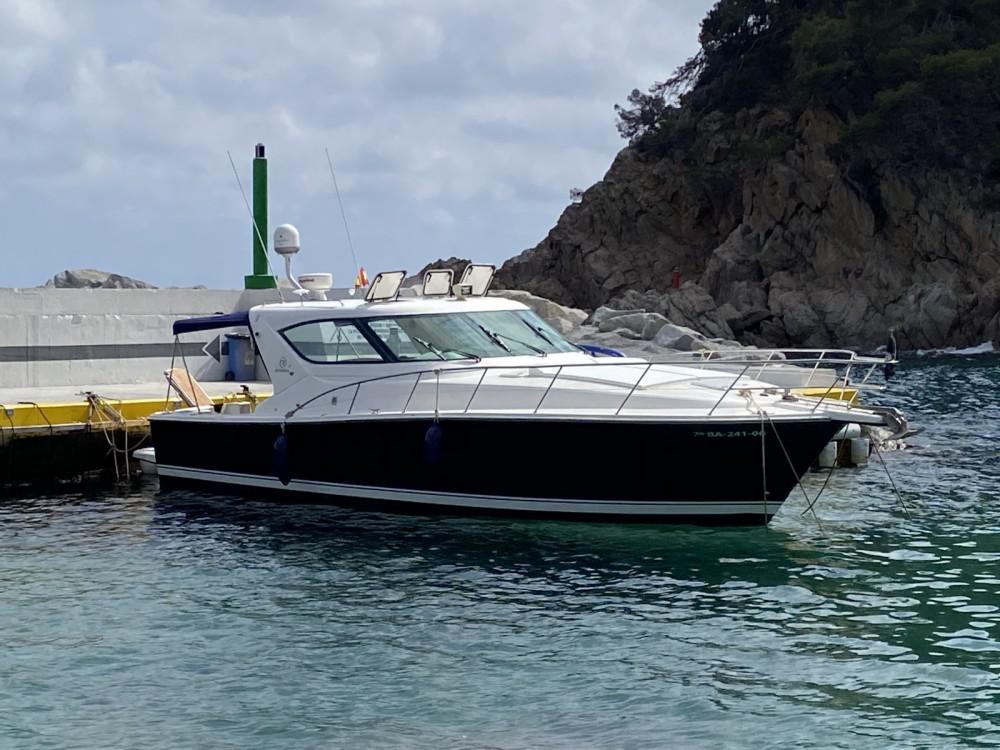 Riviera 4000 offshore entre particuliers et professionnel à Palamós