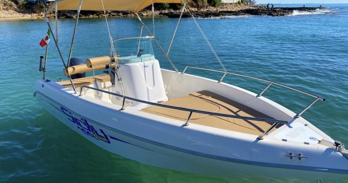Aquamar Samoa entre particuliers et professionnel à Avola