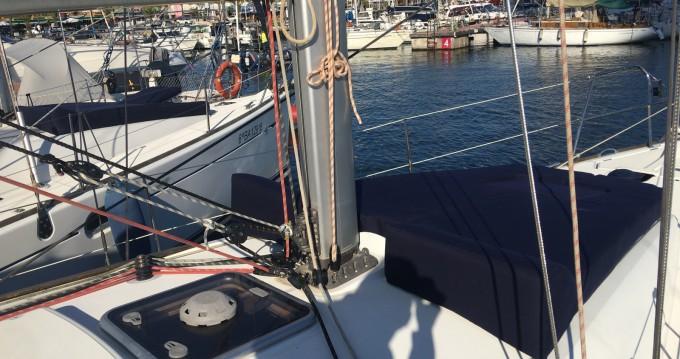 Louez un Jeanneau Sun Odyssey 36i à Barcelone