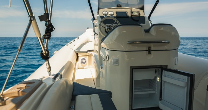 Location bateau Nuova Jolly PRINCE 27 à Port de Sóller sur Samboat