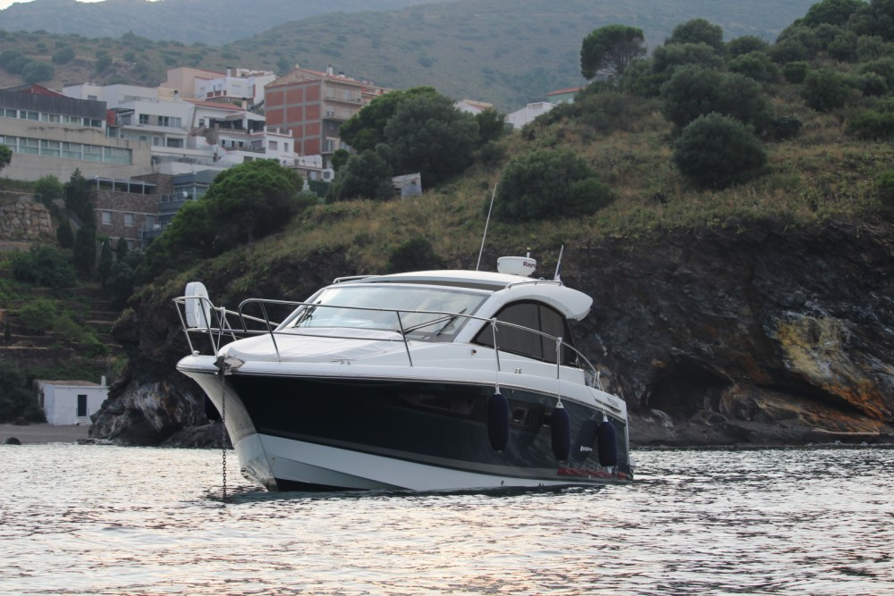 Location bateau Jeanneau Leader 9 à Portbou sur Samboat