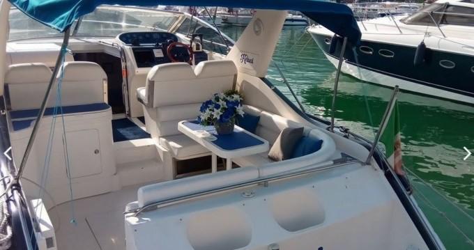 Louez un Princess Princess 366 Riviera à Arenzano