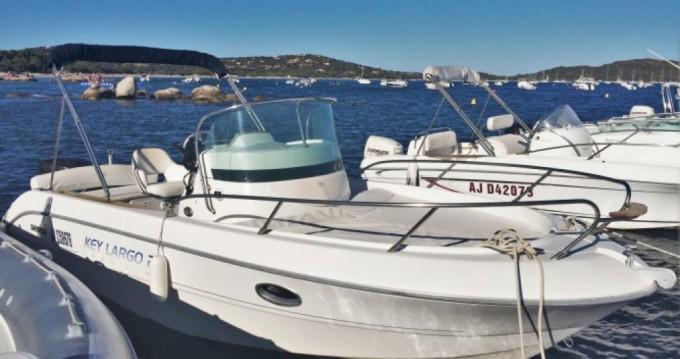Louer Bateau à moteur avec ou sans skipper Sessa Marine à Saint-Raphaël