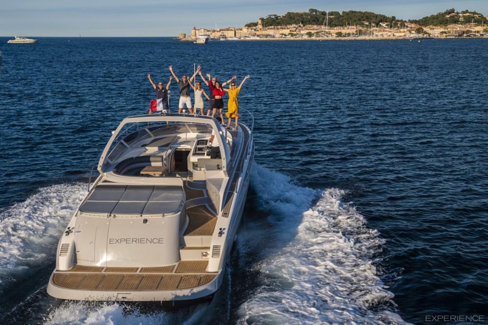 Louer Bateau à moteur avec ou sans skipper Numarine à Saint-Tropez