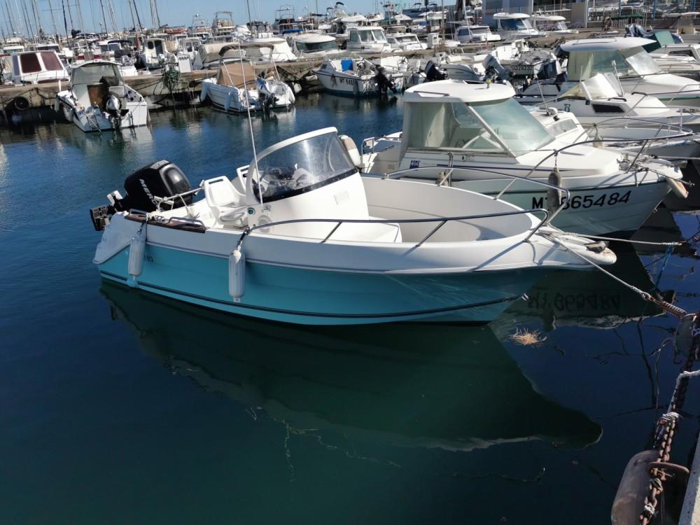 Louer Bateau à moteur avec ou sans skipper Quicksilver à Fos-sur-Mer
