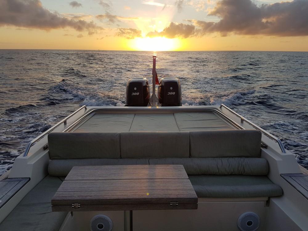 Louer Semi-rigide avec ou sans skipper Scanner à Ibiza