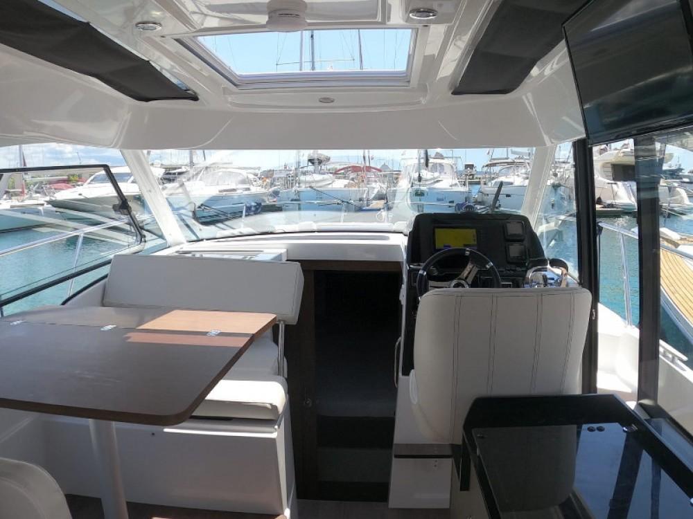Location yacht à Zadar - Bénéteau Antares 9 OB sur SamBoat