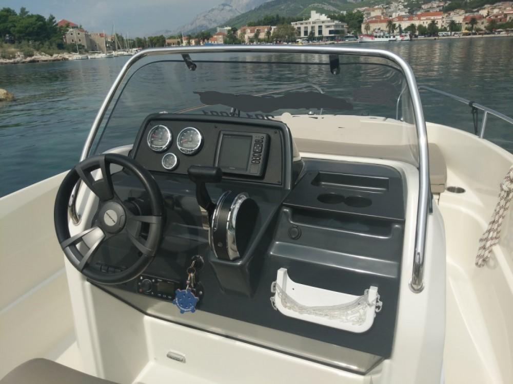 Location bateau Quicksilver Activ 555 Open à Makarska sur Samboat