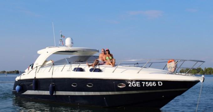 Location bateau Blu Martin Blu Martin 1350 Sun Top à Torrevieja sur Samboat