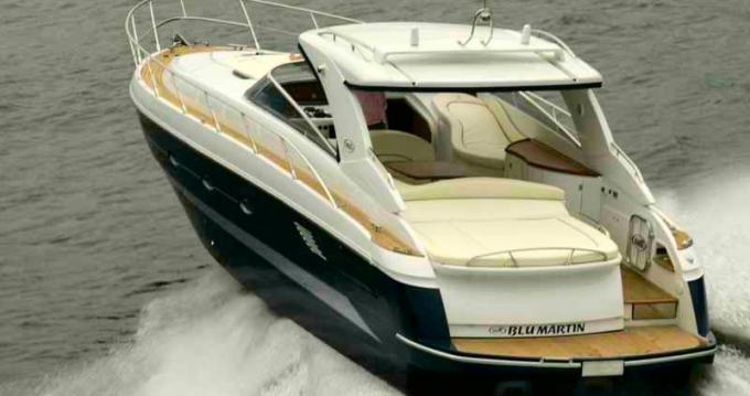 Location bateau Torrevieja pas cher Blu Martin 1350 Sun Top