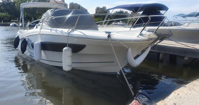 Louez un Jeanneau Cap Camarat 755 WA serie 2 à Saint-Florent