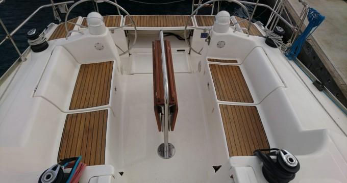 Location bateau Baiona pas cher Dufour 385 Grand Large