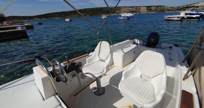 Location yacht à Stara Novalja - Nautica 500 sur SamBoat
