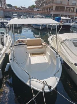 Location yacht à Mandelieu-la-Napoule - Quicksilver Quicksilver 425 sur SamBoat