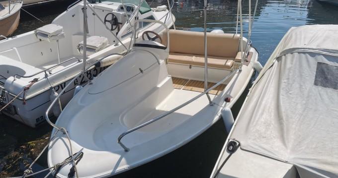 Location bateau Mandelieu-la-Napoule pas cher Quicksilver 425