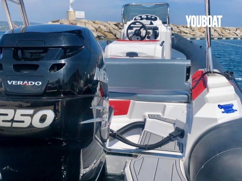 Location Semi-rigide à Marseille - Ranieri Cayman 26 Sport Touring