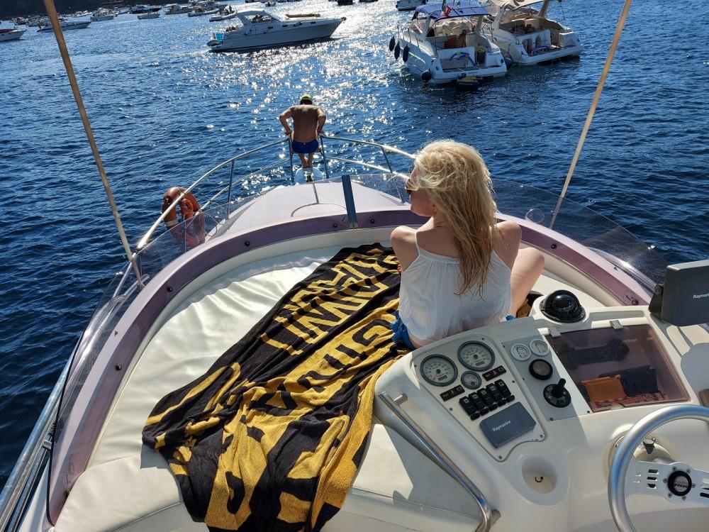 Louez un Sessa Marine Dorado 32 à Monte di Procida