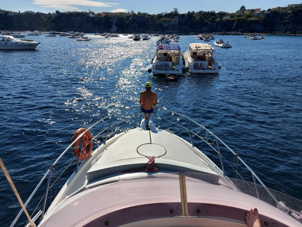 Louer Bateau à moteur avec ou sans skipper Sessa Marine à Monte di Procida