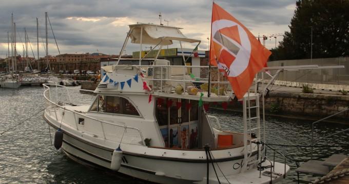 Louer Bateau à moteur avec ou sans skipper Calafuria à Livorno