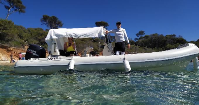 Louer Semi-rigide avec ou sans skipper Mar.Co à Hyères