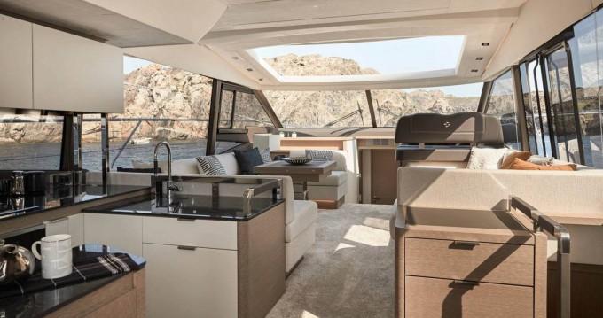 Location bateau Port Grimaud pas cher 590 s line