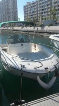 Louer Bateau à moteur avec ou sans skipper Jeanneau à Toulon