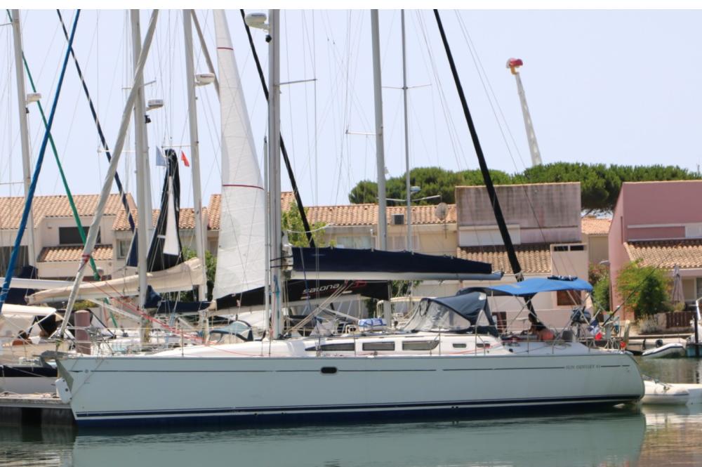 Louer Voilier avec ou sans skipper Jeanneau à Port-Saint-Louis-du-Rhône