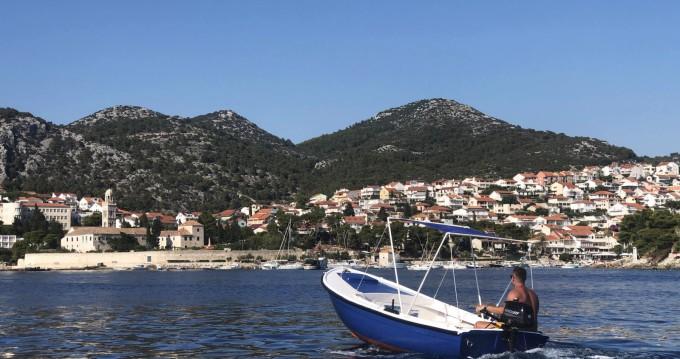 Location bateau Pasara Jugoplastika à Hvar sur Samboat