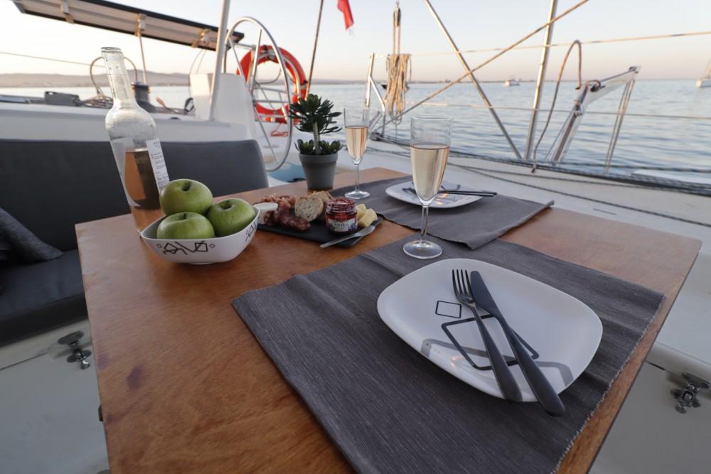 Catamaran à louer à Faro au meilleur prix