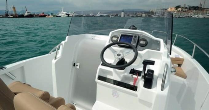 Location yacht à Arcachon - Jeanneau Cap Camarat 6.5 CC sur SamBoat