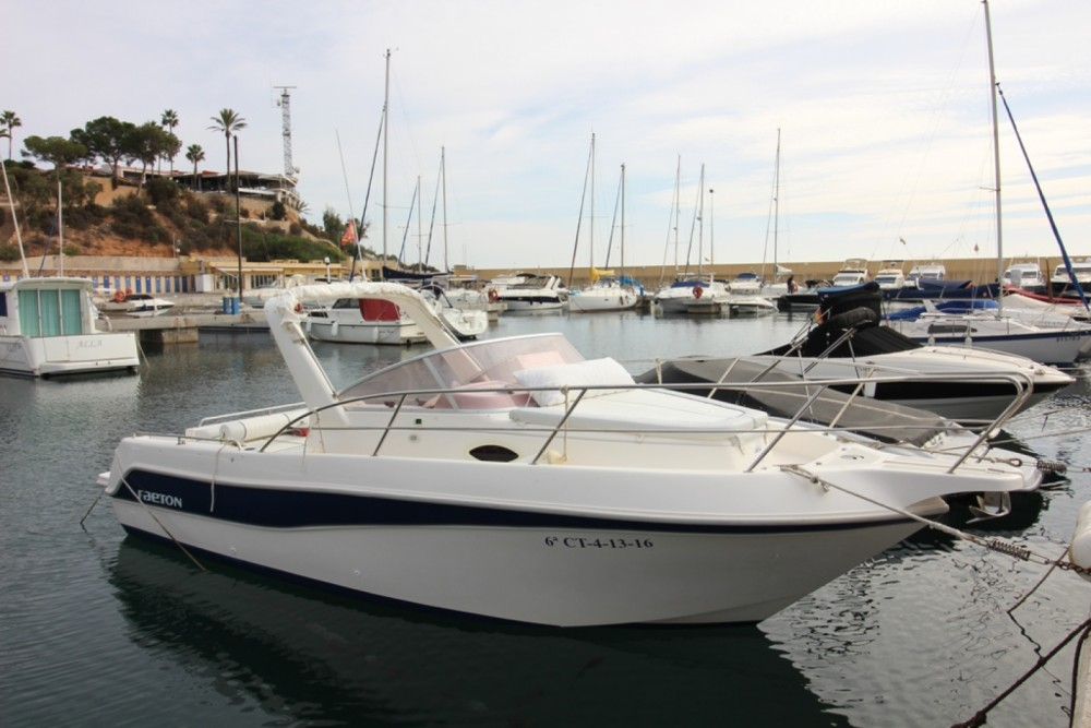 Location bateau Cabo Roig pas cher Faeton 730 Sport