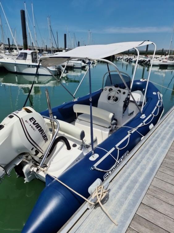 Louer Semi-rigide avec ou sans skipper Bombard à La Rochelle