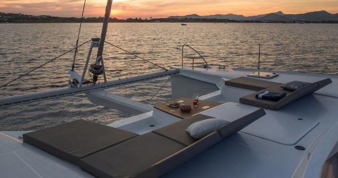 Location yacht à La Rochelle - Fountaine Pajot Saba 50 sur SamBoat