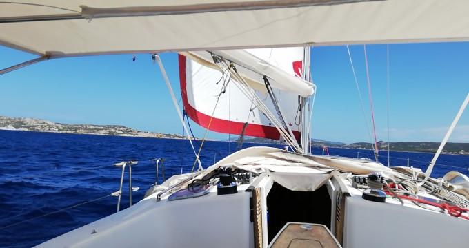 Location yacht à Ajaccio - Bénéteau Oceanis 43 sur SamBoat