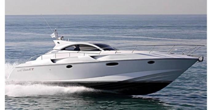 Louer Bateau à moteur avec ou sans skipper Rizzardi à Cannes