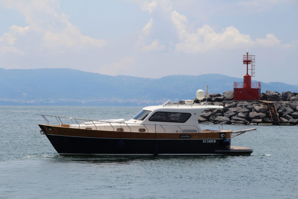 Location bateau Torre del Greco pas cher serapo 42