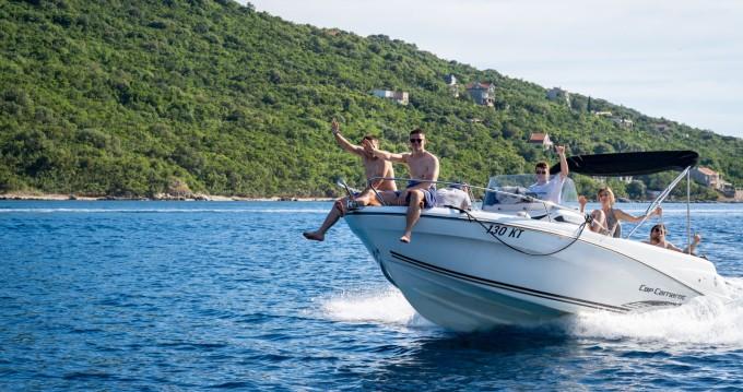 Louer Bateau à moteur avec ou sans skipper Jeanneau à Kotor