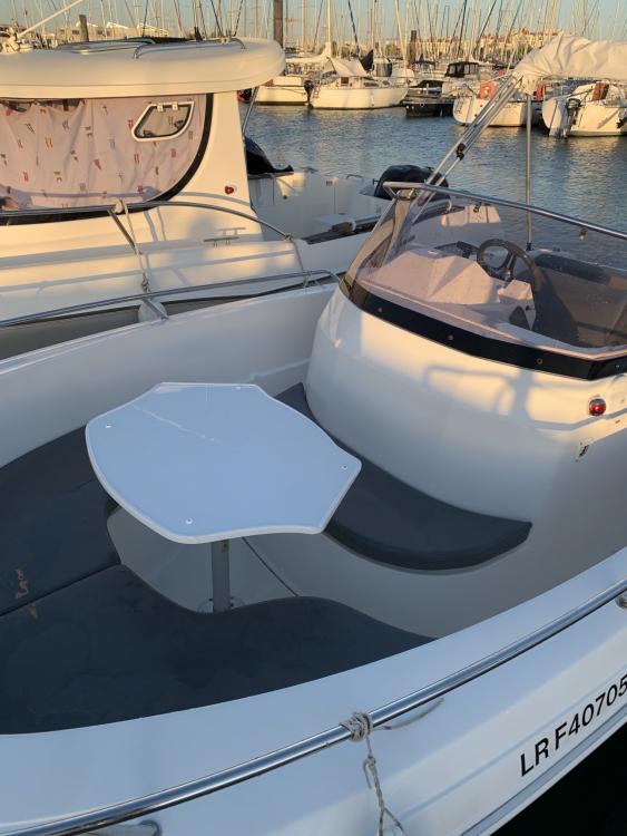 Location bateau La Rochelle pas cher Pacific Craft 625 Open