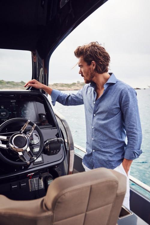 Louer Bateau à moteur avec ou sans skipper Sacs à Marina Naviera Balear