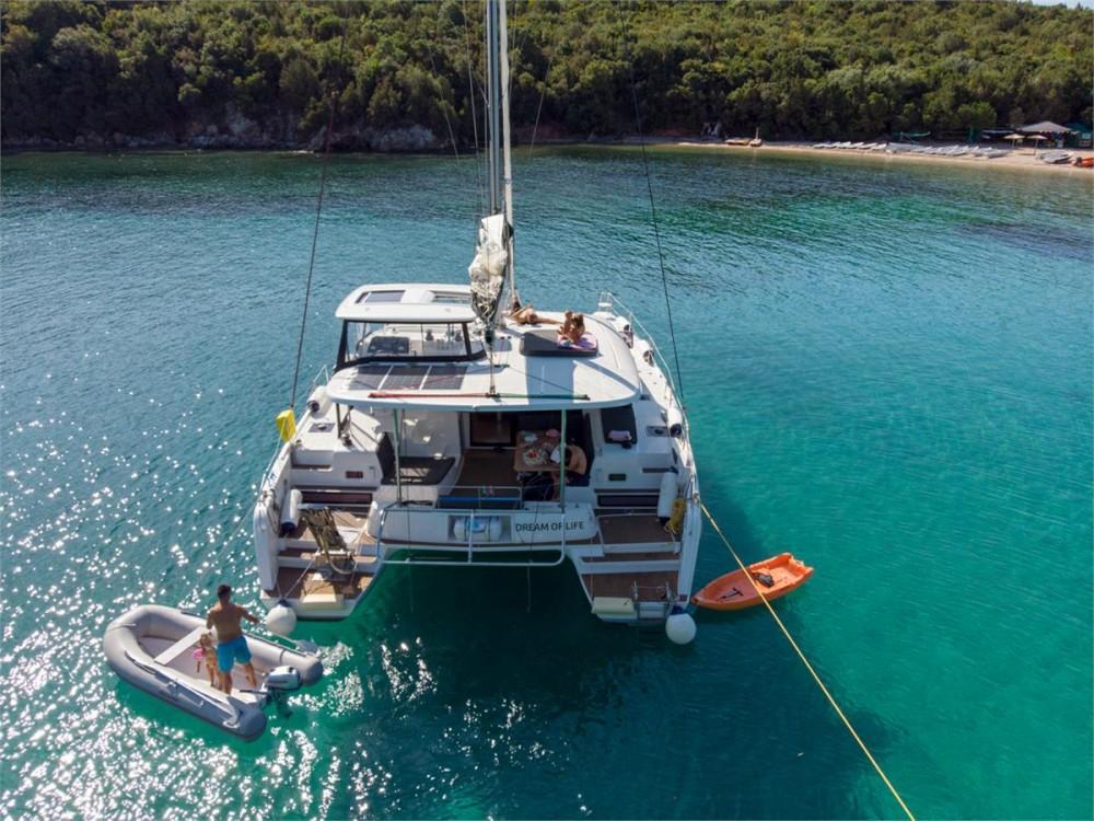 Lagoon Lagoon 42 - 4 + 2 cab. entre particuliers et professionnel à Corfou